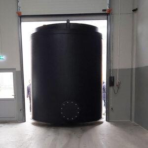 bezciśnieniowy zbiornik kwasu solnego HCl czarne tworzywo sztuczne PEHD