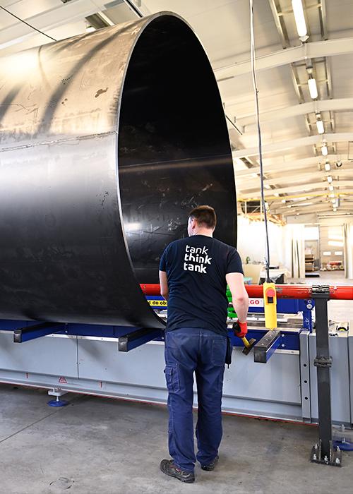 produkcja zbiorników z tworzyw termoplastycznych dla przemysłu obiektów publicznych