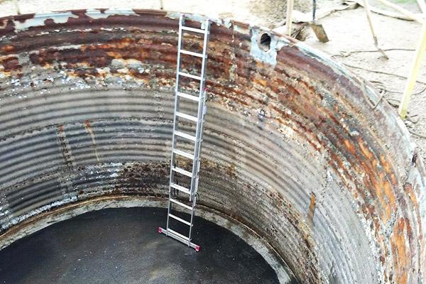 skorodowany zbiornik stalowy na oczyszczalni ścieków przeciekający jak dokonać renowacji